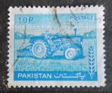 Poštovní známka Pákistán 1979 Traktor Mi# 466