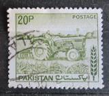 Poštovní známka Pákistán 1979 Traktor Mi# 467