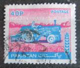 Poštovní známka Pákistán 1978 Traktor Mi# 469