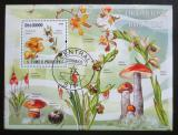 Poštovní známka Svatý Tomáš 2009 Houby a orchideje Mi# Block 730 Kat 10€