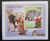 Poštovní známka Guinea-Bissau 2010 Kaktusy a kojoti DELUXE Mi# 5014 B Block