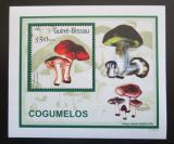 Poštovní známka Guinea-Bissau 2001 Houby DELUXE Mi# 1580 Block