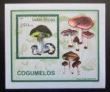 Poštovní známka Guinea-Bissau 2001 Houby DELUXE Mi# 1581 Block