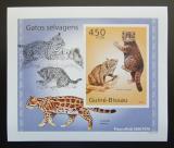 Poštovní známka Guinea-Bissau 2010 Kočkovité šelmy DELUXE neperf Mi# 5042 B Block