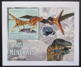 Poštovní známka Svatý Tomáš 2006 Dinosauři a minerály DELUXE Mi# 2769 Block