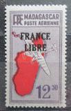 Poštovní známka Madagaskar 1943 Letadlo a mapa přetisk Mi# 339