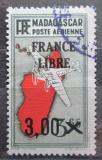 Poštovní známka Madagaskar 1943 Letadlo a mapa přetisk Mi# 343
