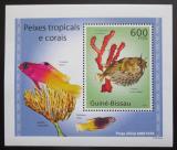 Poštovní známka Guinea-Bissau 2010 Tropické ryby a korály DELUXE Mi# 5076 Block