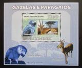 Poštovní známka Guinea-Bissau 2008 Papoušci a gazely DELUXE Mi# 3809 Block