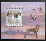 Poštovní známka Guinea-Bissau 2009 Lovečtí psi a kachny DELUXE Mi# 4488 Block