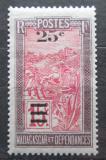 Poštovní známka Madagaskar 1925 Přeprava na nosítkách přetisk Mi# 168
