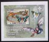 Poštovní známka Svatý Tomáš 2007 Motýli a jejich nepřátelé DELUXE Mi# 3010 Block