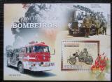 Poštovní známka Guinea-Bissau 2010 Hasičská auta Mi# Block 788 Kat 14€