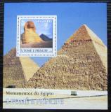 Poštovní známka Svatý Tomáš 2003 Egyptské pyramidy Mi# Block 473 Kat 11€