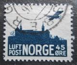 Poštovní známka Norsko 1937 Letadlo nad hradem Akershus Mi# A 136
