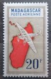 Poštovní známka Madagaskar 1942 Letadlo a mapa Mi# 329