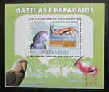 Poštovní známka Guinea-Bissau 2008 Papoušci a gazely DELUXE Mi# 3808 Block