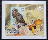 Poštovní známka Guinea-Bissau 2005 Sovy a houby DELUXE neperf. Mi# 3239 B Block