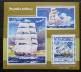 Poštovní známka Mosambik 2015 Plachetnice Mi# Block 1049 Kat 10€