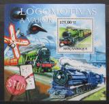 Poštovní známka Mosambik 2011 Parní lokomotivy Mi# Block 560 Kat 10€