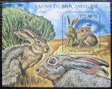 Poštovní známka Mosambik 2011 Zajíci Mi# Block 508 Kat 10€