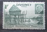 Poštovní známka Dahomey 1941 Tradiční vesnice Mi# 154