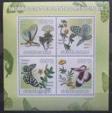 Poštovní známky Guinea-Bissau 2009 Motýli a léčivé rostliny Mi# 4127-30 Kat 9.50€