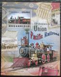 Poštovní známka Mosambik 2012 Lokomotivy Mi# Block 680 Kat 10€