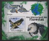 Poštovní známka Mosambik 2011 Harpyje pralesní Mi# Block 414 Kat 10€