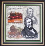Poštovní známka Mosambik 2002 Parní lokomotivy, Stephenson Mi# 2474 Block