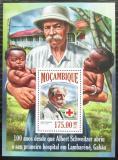 Poštovní známka Mosambik 2013 Albert Schweitzer Mi# Block 845 Kat 10€
