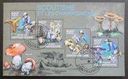 Poštovní známky SAR 2014 Skauti a houby Mi# 4810-13 Kat 16€ - zvìtšit obrázek