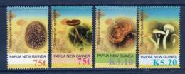 Poštovní známky Papua Nová Guinea 2005 Houby Mi# 1129-32