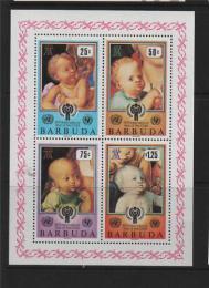 Poštovní známka Barbuda 1979 Mezinárodní rok dìtí Mi# Block 47