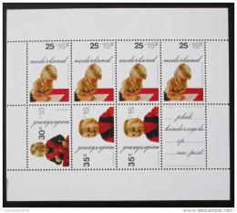 Poštovní známky Nizozemí 1972 Princové Mi# Block 11