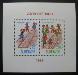 Poštovní známky Surinam 1993 Dìti pøi høe Mi# Block 61