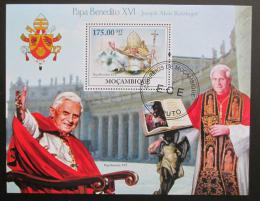 Poštovní známka Mosambik 2009 Papež Benedikt Mi# Block 271