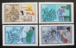 Poštovní známky Západní Berlín 1986 Profesní trénink Mi# 754-57 Kat 8€