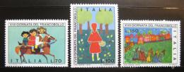 Poštovní známky Itálie 1975 Dìtské kresby Mi# 1516-18 - zvìtšit obrázek
