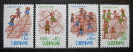 Poštovní známky Surinam 1993 Dìti pøi høe Mi# 1461-64 Kat 8.50€