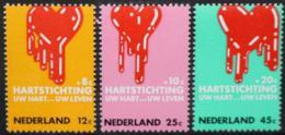 Poštovní známky Nizozemí 1970 Boj proti nemocím srdce Mi# 948-50