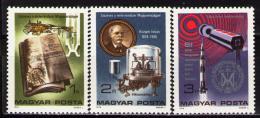 Poštovní známky Maïarsko 1976 Metrická soustava Mi# 3115-17