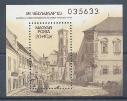 Poštovní známka Maïarsko 1983 Stará radnice Mi# Block 166