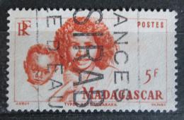 Poštovní známka Madagaskar 1946 Matka s dítìtem Mi# 400