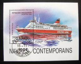 Poštovní známka Madagaskar 1994 Výletní loï Mi# Block 264