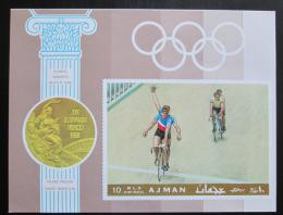 Poštovní známka Adžmán 1969 LOH Mexiko, cyklistika neperf. Mi# Block 77 B