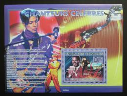 Poštovní známka Komory 2009 Slavní zpìváci Mi# Block 493 Kat 15€