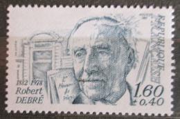 Poštovní známka Francie 1982 Robert Debré, dìtský lékaø Mi# 2336