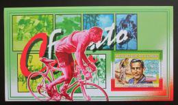 Poštovní známka Guinea 2006 Cyklistika, Fausto Coppi DELUXE Mi# 4465 Block