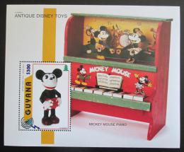 Poštovní známka Guyana 1996 Disney, staré hraèky Mi# Block 516